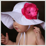 Ally Girl White Wide Brim Sun Hat *With Rose*