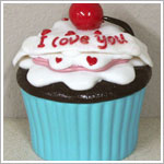 Ganz Special Celebrations Cupcake *I Love You* Trinket Box