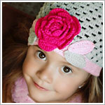Z: Huggalugs Hat - Grey & Pink Crocheted Cloche