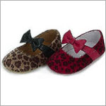 Z: L'Amour RED Cheetah Print Baby Shoes w/ Bow