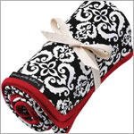 Z: Petunia Pickle Bottom Organic Stroller Blanket - Frolicking in Fez