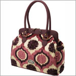 Z: Petunia Pickle Bottom CAKE Cosmopolitan Carryall - Plum Tart