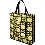 Z: Petunia Pickle Bottom Reusable Shopper Tote - Lively La Paz