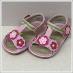 II: Rainbow Steps LIGHT PINK T-Strap Tri-Flower Sandals *SQUEAKS*