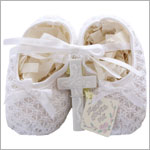 R: Russ White Knit Bootie With Bows And Porcelain Cross