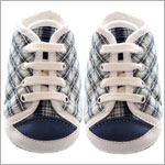 R: Petit Boy Navy And Cream Plaid Booties