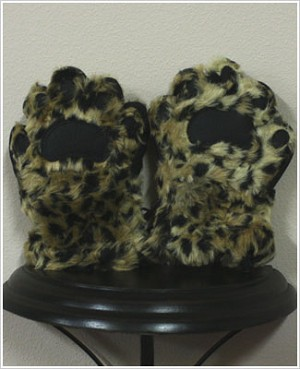 Bear Hands Leopard Youth Faux Fur Mittens