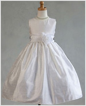 Z: Crayon Kids White Sleeveless Dress w/ Flower