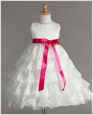Z: Crayon Kids Ivory Sleeveless Tiered Layer Dress w/ Fuchsia Ribbon