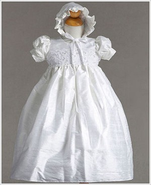 Z: Crayon Kids White S/S Silk Christening Gown & Bonnet Set w/ Lace Bodice