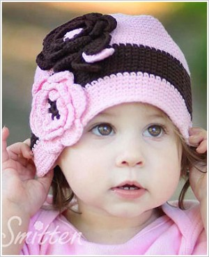 Z: Huggalugs Hat - Chocolate Pink Crocheted Cloche