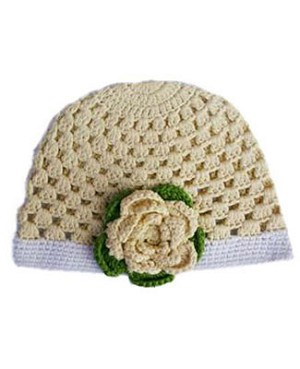 Z: Huggalugs Hat - Cream Crocheted Cloche