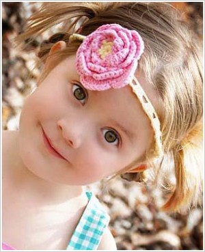 Z: Huggalugs Headband - Crocheted Pink/Yellow Rose