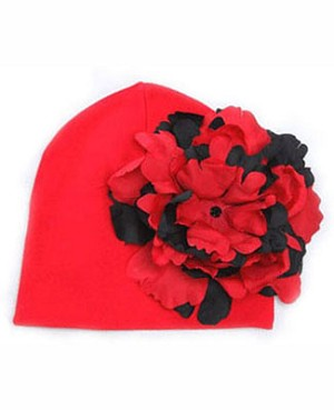Z: Red Beanie Hat with Red/Black Peony