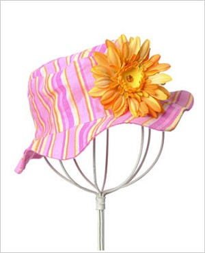 Z: Candy Pink Daisy Striped Sun Hat