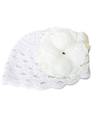 Z: White Scallop Crochet Hat w/ White Rose