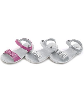 OS: L'Amour WHITE Flexi-Sole 3 Flower Velcro Sandals