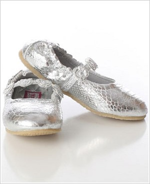 Z: L'Amour SILVER Ballet Style Flat with Tri Flower Strap