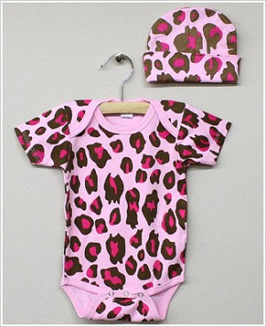 Laughing Giraffe Pink Leopard Short Sleeve Bodysuit with Hat
