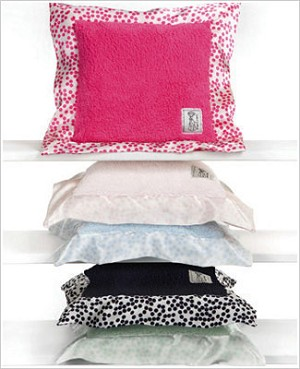 Z: Little Giraffe Chenille Confetti Pillow *More Colors!*