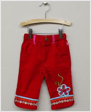 x: Me Too Red Fine Cord Pants w/ Flower & Beading