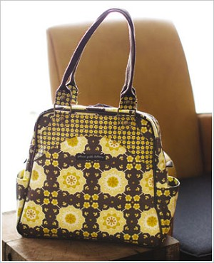 Z: Petunia Pickle Bottom Sashay Satchel - Blissful Buttercup