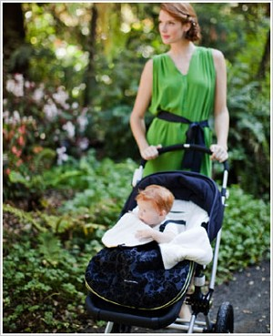 Z: Petunia Pickle Bottom *Chenille* Stroller Bunting Bag - Black Currant