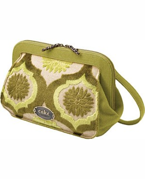 Z: Petunia Pickle Bottom CAKE Cameo Clutch - Key Lime Cream