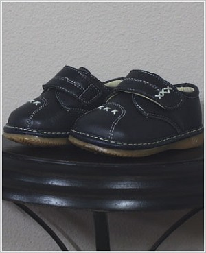 II: Rainbow Steps NAVY Boys Velcro Leather Shoe with Stitching *SQUEAKS*