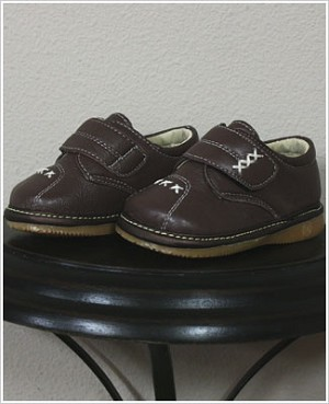 II: Rainbow Steps BROWN Boys Velcro Leather Shoe with Stitching *SQUEAKS*