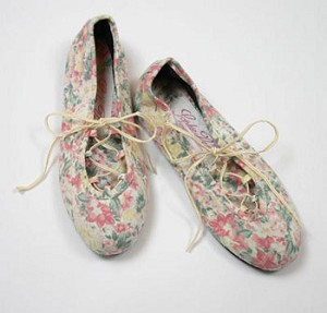 5y Sophie Dess Pink Floral Print Dress Shoe *FINAL SALE*