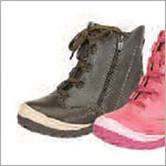 Z: L'Amour BOYS or GIRLS BROWN Lace Up Boots